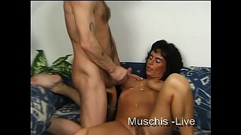 Real housewife in her first homevideo