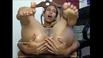 Latina With Sexy Feet Squirts All Over The Place ( Camgirlspower.com )