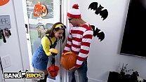 BANGBROS - Teen Evelin Stone Gets Bruno Dickemz's Dick In A Pumpkin