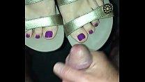 Cum on milf wife's sandals
