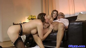 Teen nurse drilled by senior in threesome