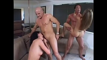 Ava Rose and Mia Rose housewifes take cock deep down her throat then rides it