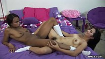 Lesbo chicks Andrea Kelly and Nina Sunshine toy each other