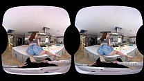 NAUGHTY AMERICA VR MY DAUGHTER'S HOT FRIEND LOVES ANAL