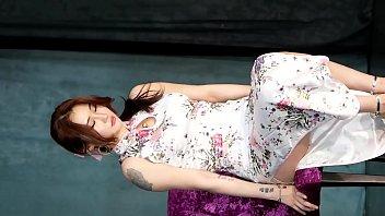Korean girl sexy dance