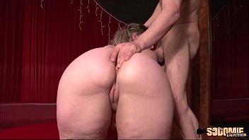 Peggy: entretien d'embauche qui finit en sodomie 15 min