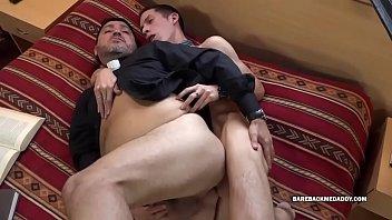 Daryl Barebacks His Daddy Priest 8 min