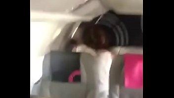 Pendeja pillada cogiendo en un avión en vuelo sigue pajeandote con este pack https://bit.ly/2Hz9npF