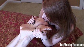 Steamy foot worship fetish fun