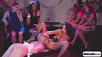 Bachelorettes lapdance turn into licking