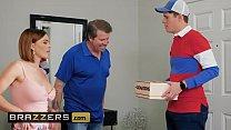 Milfs Like it Big - (Krissy Lynn, Justin Hunt) - Im A Giver And A Taker - Brazzers