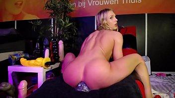 Siswetlive.com/siswet19  *** liveshow erotic expo