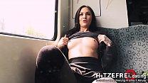 HITZEFREI.dating PUBLIC Berliner Göre nackt in S-Bahn & an Bahnhof gefickt