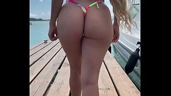 Bikini de mi hermana culona