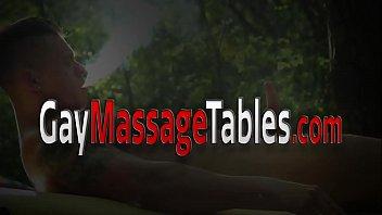Twink masseur outdoors barebacks and jerks