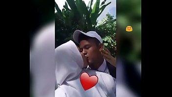 Ciuman di jalan raya https://tinyurl.com/yxrjbcr5