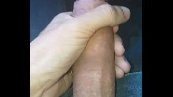 Novo video de punheta no onibus