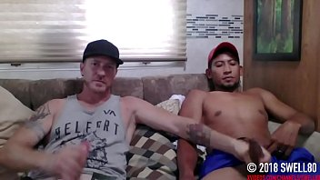 Straight latino construction worker gets first handjob from a dude (Martin 2)