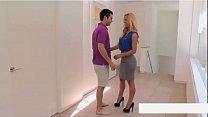 Los mejores videos de Cherie DeVille HD aqui  http://eunsetee.com/TWjZ