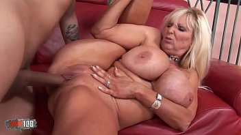 Busty mature babe banged by a vaillant fucker 27 min