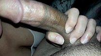 Delicia mamou a rola até ficar dura para depois comer ela