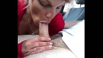 Pretty streetwalker watches as I cum in her mouth - add me on Snap Chat --- Nolaxvideos
