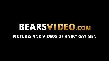 Mature gays Mitch Harrison and Dino De Francesco bareback