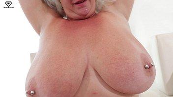 "Cameron Skye Giant Boobs MILFQUEST BBW POV ""Neighbor lady wants to borrow some Flour"""