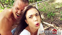 ◇ PUBLIC SEX SESSION! Young ◇ Anastasia Brokelyn ◇ Fucked in the Middle of a Park by Her Date! ◇ HITZEFREI.dating