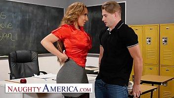 Naughty America - Richelle Ryan Fucks her college student