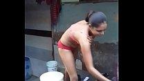 Hidecam desi girl bathing (02)
