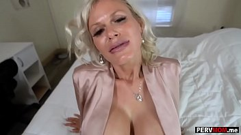 Gigantic boobs granny mom loves a fuck by her stepson 8 min