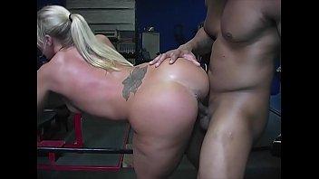 PAWG Slut Railed by Black Bull at the Gym