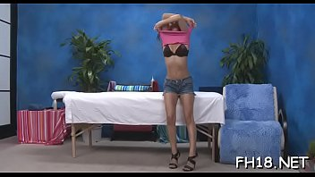 Astounding sweetie Ariana Fox gets her poon tang licked