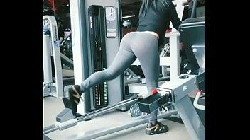 Jimena Sánchez en el gym