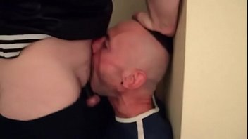 SLAVEMOUTH USED BY SOME MEN DEEPTHROAT