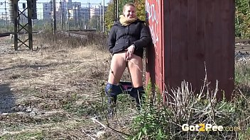 Blonde Gets Messy As She Pees Outside