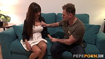 Brunette mature MILF Cloe wants to become a pornstar. Here comes her casting!