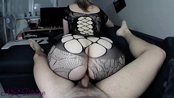 A milf in ultra sexy lingerie gets fucking her huge ass reverse cowgirl! French Amateur Nini Divine !