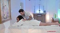Special Massage For Aaliyah Hadid