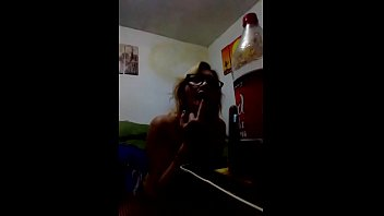 dana barzagli en  video llamada 9 min