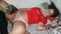 Não sou sapatão mas Comi a novinha. Abusei de estudante chilena de intercambio !!! ( Completo no red ) Paty bumbum - Leticia Ferola