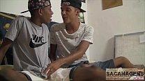 DEZINHO E ALEX CRAZY DESCOBRINDO OS PRAZERS DO SEXO GAY