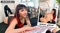 DOEGIRLS - Bored German Teen Pornstar Leah Obscure Has A Hot Solo Show On Cam For Her Fans
