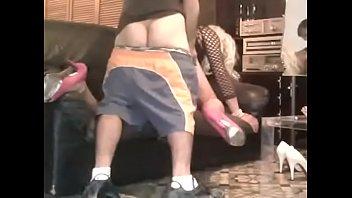 Lili crossdresser sumisa la mama y la folla su chulo