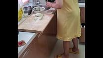 去红红B家里吃饺子,肏她前她先提供吃喝!呵呵~!