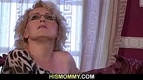 Teen and mom lesbian pussy-licking orgy
