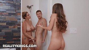 Hot Ladies (Kimmy Granger, Eva Notty) Fucks One Big Dick - Reality Kings 10 min