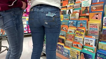 Frolicking Teen Hotties Candid Jeans Asses