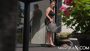 MARISKAX French MILF Sandy Lou ass fucked outdoors